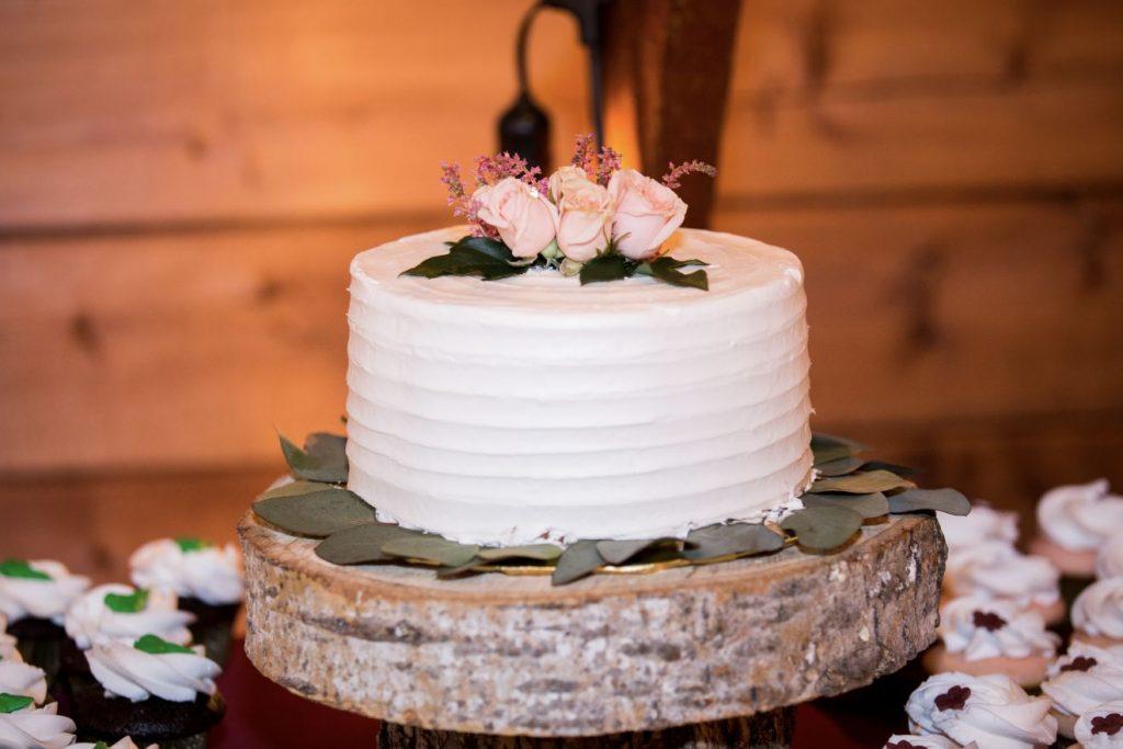 Cake at the Canton Barn
