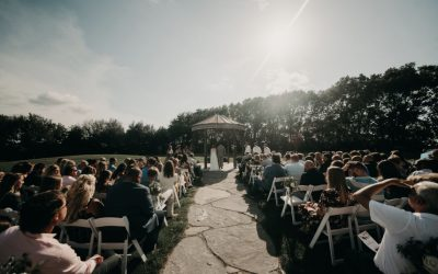How to Plan an Outdoor Wedding in South Dakota