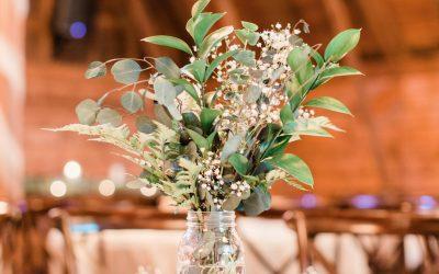 How to Pick Seasonal Flowers for Barn Weddings